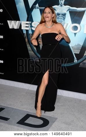 LOS ANGELES - SEP 28:  Suzanne Cryer at the HBO's