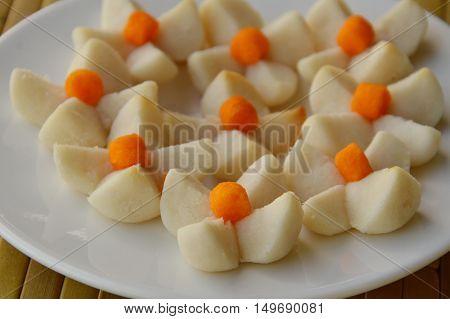 Thai short bread cookies look like flower on dish