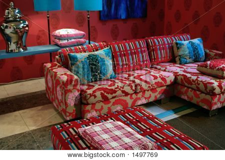 Brigh Modern Style In Furniture