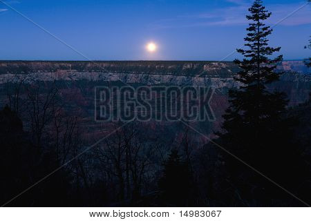 Moonrise Grand Canyon
