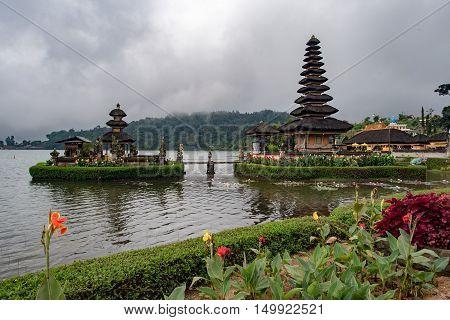 Most Beautiful Temple In Bali Pura Ulun Danu Bratan