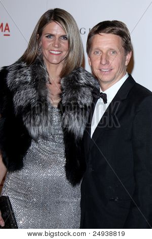 LOS ANGELES - 5 de novembro: Colleen Bell, Brad Bell chega no LACMA arte + filme Gala no LA Muse County