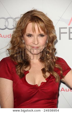LOS ANGELES - NOV 3:  Lea Thompson arrives at the AFI FEST 2011 Presented By Audi -