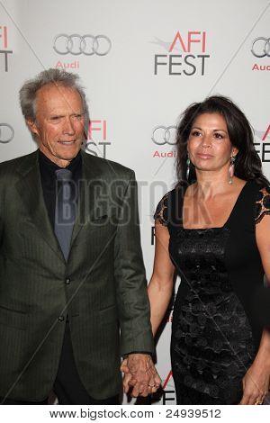 """LOS ANGELES - 3 de novembro: Clint Eastwood chega a AFI FEST 2011 apresentado pela Audi - """"J. Edgar"""" Ope"""