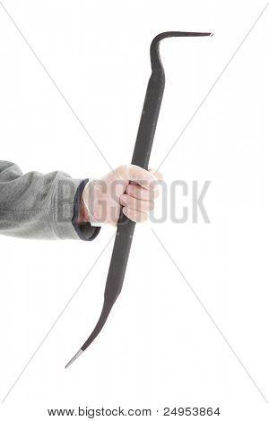 Tema penal - mano de matón con una palanca aislada sobre fondo blanco