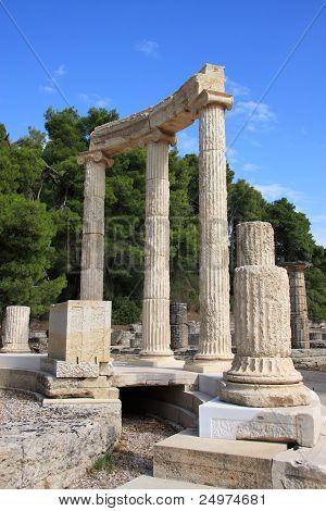 - columns