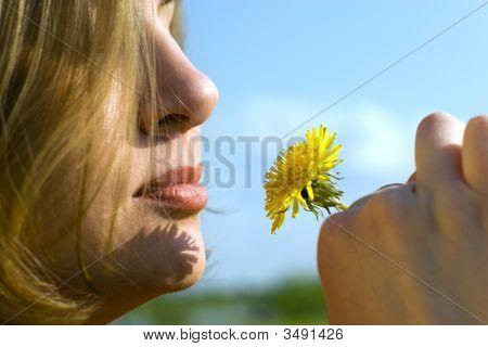 Con una flor