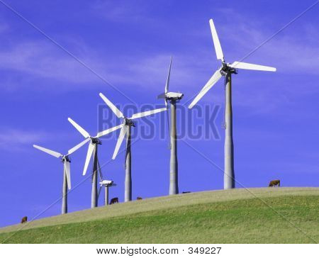5 Windmills Renewable Energy