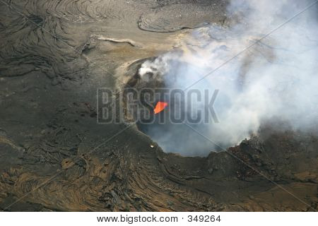 Volcanic Crater - Hawaii Volcanoes National Park