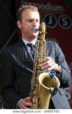 Jeroen Van Genuchten Performing Live On Stage