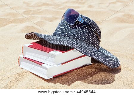 Panama For The Sun With Books To Read On The Beach. Sunglasses.
