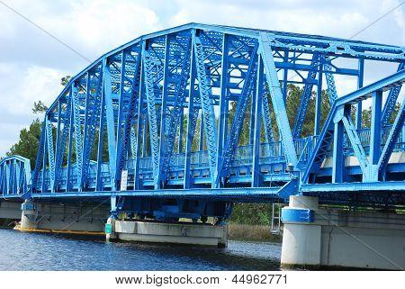 Bridge connecting Florida to Georgia