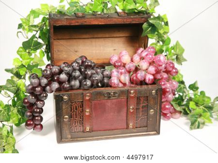 Grape Chest