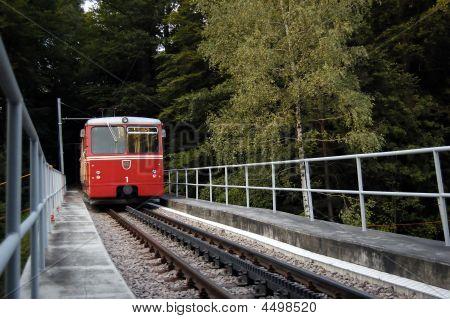 Tren funicular