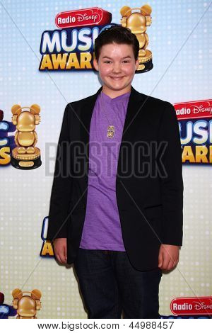 LOS ANGELES - APR 27:  Aedin Mincks arrives at the Radio Disney Music Awards 2013 at the Nokia Theater on April 27, 2013 in Los Angeles, CA