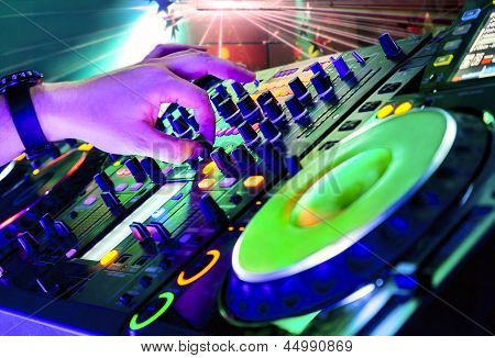 Dj Playing Track