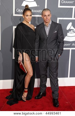LOS ANGELES - FEB 10:  Jennifer Lopez & Casper Smart arrives to the Grammy Awards 2013  on February 10, 2013 in Los Angeles, CA.
