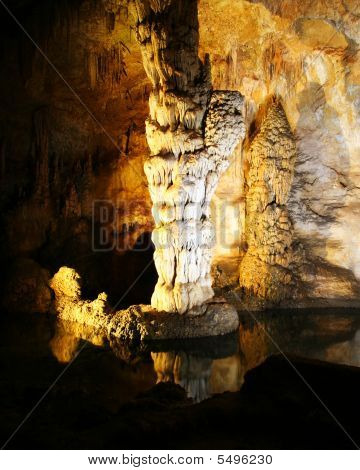 A Column And Stalagmite In Carlsbad Caverns