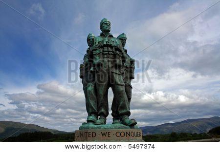 Scotland Wwii Statue