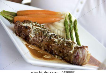 peppercorn steak dinner