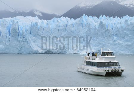 Patagonian Landscape With Glacier And Cruise