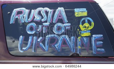 Sign at the Ukraine supporter car in Brooklyn
