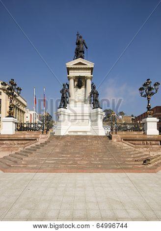 Plaza Sotomayor