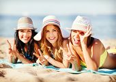 pic of sunbathers  - summer holidays and vacation  - JPG