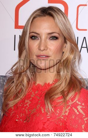 LOS ANGELES - OCT 28:  Kate Hudson at the 25th Courage In Journalism Awards at the Beverly Hilton Hotel on October 28, 2014 in Beverly Hills, CA