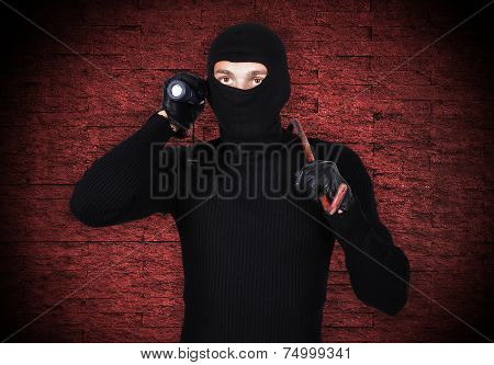 Mugger With Flashlight