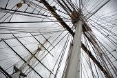 picture of sparring  - Maritime Naval Rigging of an old merchant clipper - JPG