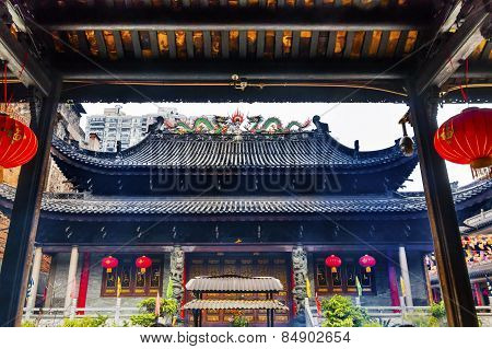 Temple Of Six Banyan Tree Tianwang Hall Buddhist Temple Guangzhou City Guangdong Province China