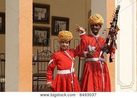 A pair of traditional musicians, Jaipur