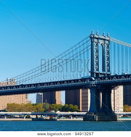 Manhattan Bridge and skyline in New York City