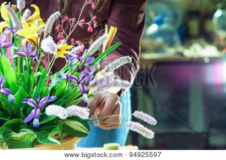Working with flowers bouquet