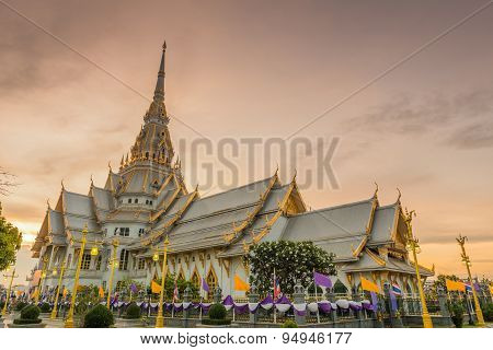 Wat Sothorn Temple In Sunset