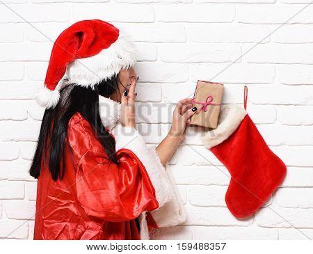 Pretty Cute Sexy Santa Girl