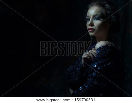 Young fashion woman with bright make up