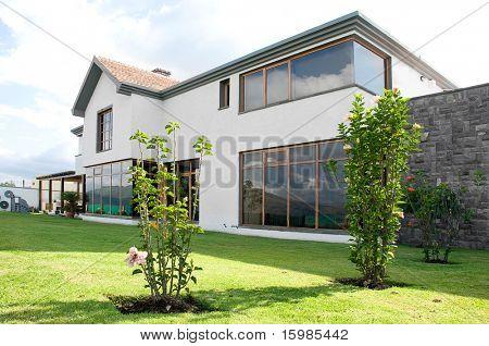 Luxuriöses großes schönes Haus