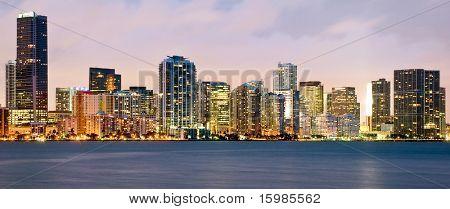 Night scene of Miami buildings