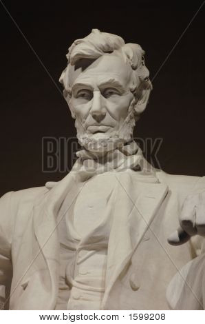 Lincoln Memorial close-up