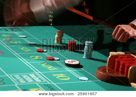 craps being played while you watch