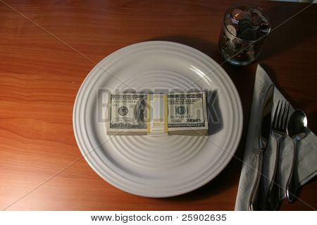 $10.000,00 un concepto de placa cena para recaudar fondos