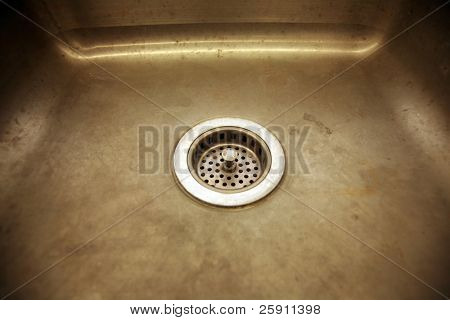 a sink with a drain in a science lab