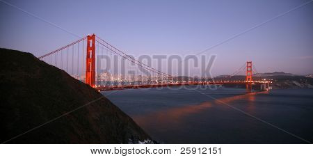 "time laps aka ""bulb exposure"" of san franscisco and the golden gate bridge at dusk"