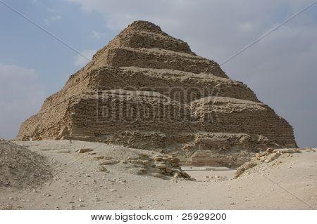 Stufenpyramide des Königs Djoser in Sakkara in der Nähe von Kairo, Ägypten