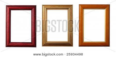Três molduras de madeira, isoladas no branco