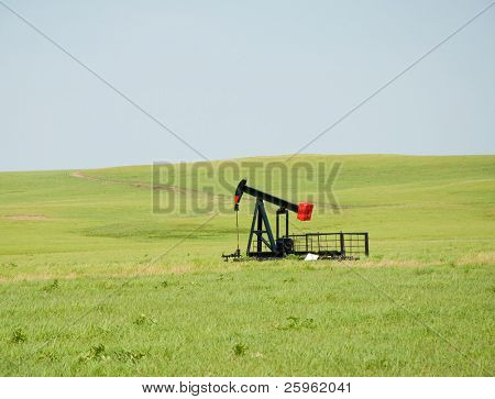 Oil pump on wide open prairie