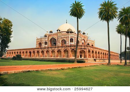 Garden view of Humayun's Tomb during the suny day in Delhi, India