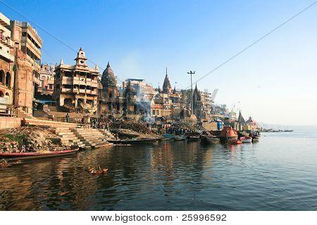 VARANASI, INDIA -14 FEBRUARY: Manikarnika Ghat, main burning ghat, most auspicious place for Hindu to be cremated on banks of Ganges river, Varanasi, Uttar Pradesh,February 14, 2008. Varanasi, India.